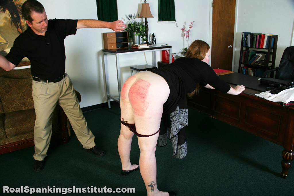 Naked katelinegetting spanked 4